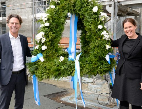Bürgermeisterin Verena Dietl und GEWOFAG feiern Richtfest im Prinz-Eugen-Park