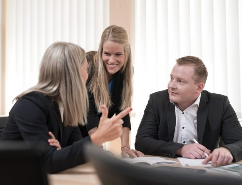 """Online-Seminar """"Wie machen wir uns zur Gewinnung und Erhaltung von Fachkräften als Arbeitgeber attraktiv?"""" am 18.03.2021"""